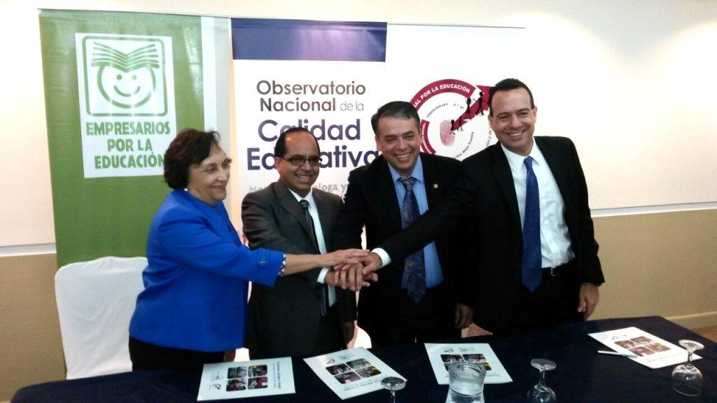 Firma convenio GCNPE-MINEDUC-ANAM